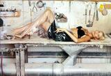 Nadja Auermann appeared in the 1995 Pirelli calendar and in George Michael's Too Funky music-video. Foto 16 (Надя Ауэрманн появилась в 1995 календаря Pirelli и в тоже музыку Джорджа Майкла Funky-Video. Фото 16)