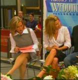 Meredith Viera - Today Show - 9/27/06 Legs!