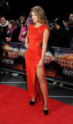 http://img151.imagevenue.com/loc472/th_376286586_AmyWillerton_olympus_has_fallen_uk_prem_019_122_472lo.jpg