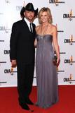 *ADDS* Faith Hill @ The 43rd Annual CMA Awards, Nashville, Tennessee - Nov 11, 2009