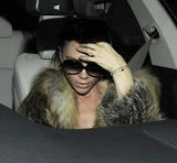 Victoria Beckham - Страница 14 Th_56398_celebrity-paradise.com_Victoria_Beckham_arriving_At_Hotel_007_122_89lo