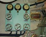 http://img151.imagevenue.com/loc921/th_37552_submarine27_122_921lo.jpg